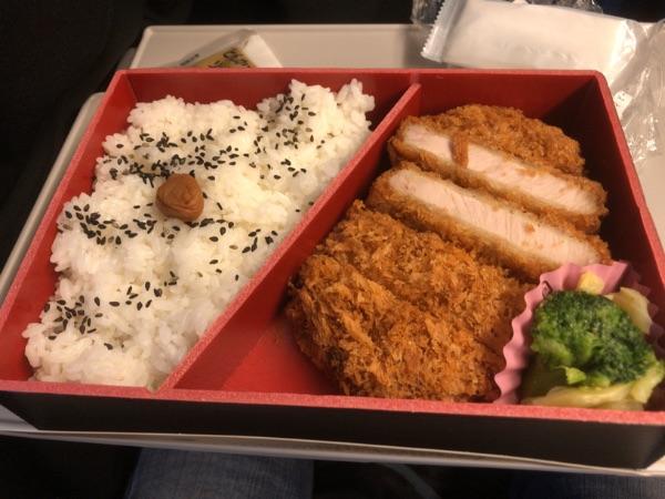 新大阪駅で購入した駅弁の中身
