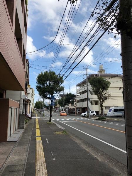 水道局前バス停付近の風景