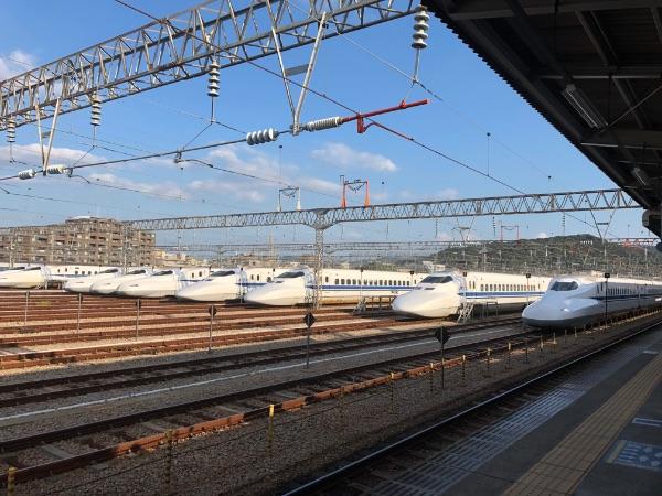 博多南駅と博多総合車両所