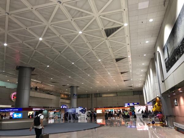 台湾桃園国際空港の到着ロビー付近