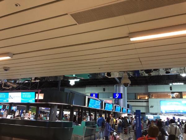 早朝の台湾桃園国際空港