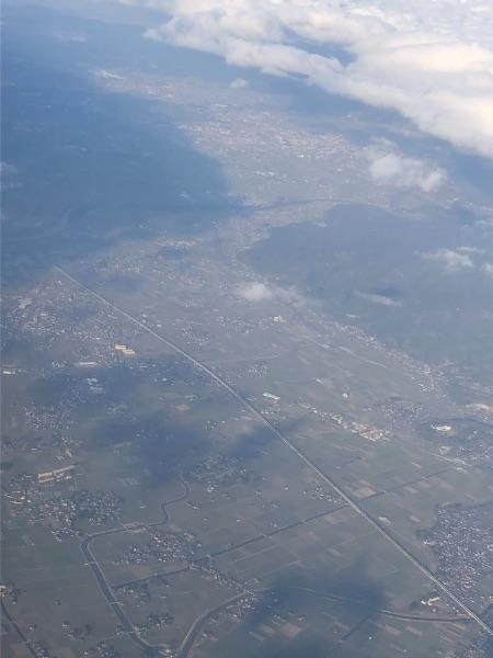 JAC3652便から見たみやま市付近の九州新幹線