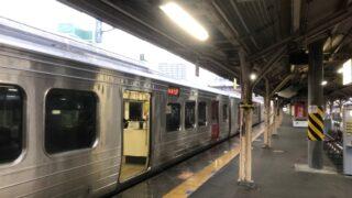 鳥栖駅に停車中の813系電車