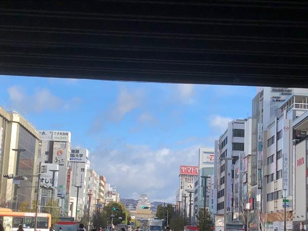 姫路駅姫路城口(北口)から見た姫路城天守閣