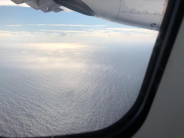 JAC3801便から見た沖永良部島周辺の海